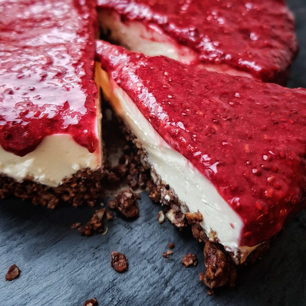 Wir feiern Geburtstag! Topfen-Joghurt-Torte mit Himbeeren