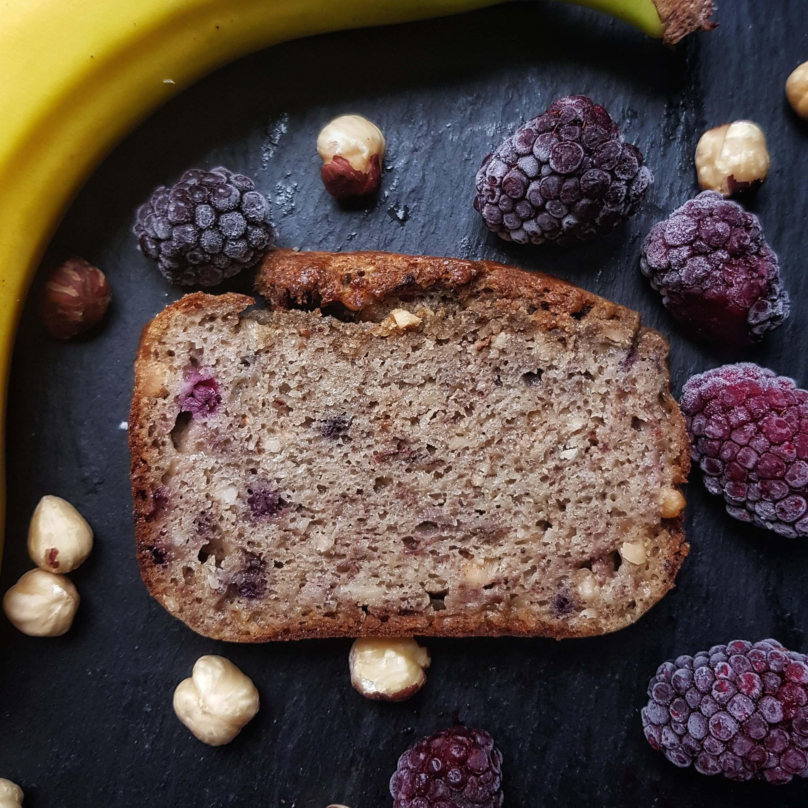 Brombeer-Bananenkuchen ohne Zucker